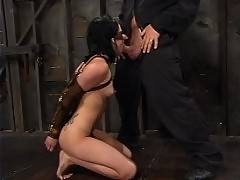 Alexa Von Tess braves some serious nipple torture
